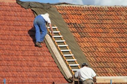 Pose de tuile entreprise toiture charleroi rusti toiture couvreur terre - Duree de vie d une tuile en terre cuite ...